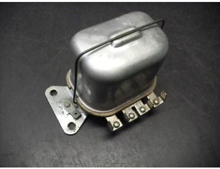 Regler RSC220/12 Lichtmaschine 12 V 220 W Stecker IFA Fortschritt (2782)