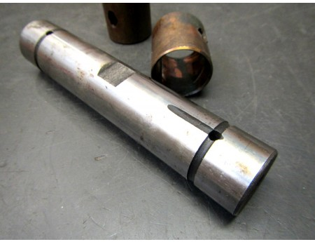 Achsschenkelbolzen Wolga M21 GAZ CCCP mit Buchsen (C20316)