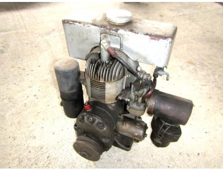 EL65/109 Barkas Stationärmotor Getriebe 3.1, läuft (C20765)