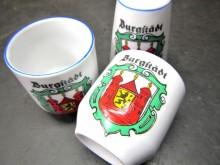 Eierbecher Salzstreuer Burgstädt Andenken Souvenir (C19033)