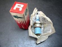 Isolator RM18-300S Rennkerze Sportzündkerze (C21930)