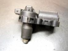 Leerlaufregler Bosch 438 165 104 Leerlausteller VW (C17903)
