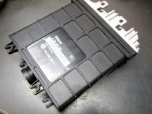 Steuergerät Bosch 0 261 200 257 VW Golf 1,4 Vento (c17904)